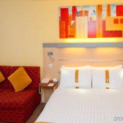 Отель Holiday Inn Express Edinburgh City Centre Эдинбург комната для гостей фото 4