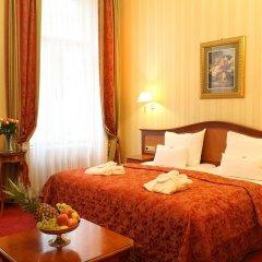 Отель Opera Suites комната для гостей фото 2
