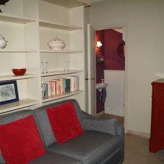 Отель Holiday Home Bridge House Бельгия, Брюгге - отзывы, цены и фото номеров - забронировать отель Holiday Home Bridge House онлайн комната для гостей фото 4