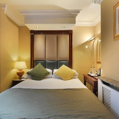 Отель Shaftesbury Premier London Paddington сейф в номере