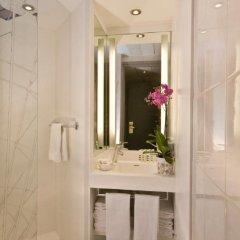 Отель Mercure Nice Centre Grimaldi Франция, Ницца - 5 отзывов об отеле, цены и фото номеров - забронировать отель Mercure Nice Centre Grimaldi онлайн ванная