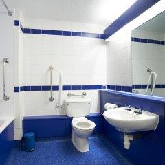 Отель Travelodge Glasgow Central ванная