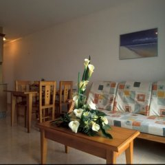 Отель Cala Apartments 3Pax 1A Испания, Гинигинамар - отзывы, цены и фото номеров - забронировать отель Cala Apartments 3Pax 1A онлайн комната для гостей фото 3