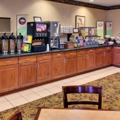 Отель Country Inn & Suites Queensbury питание