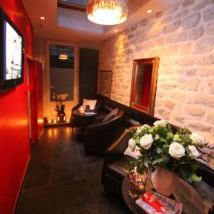 Hotel Lumieres Montmartre развлечения