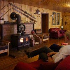 Отель Algonquin Eco-Lodge гостиничный бар