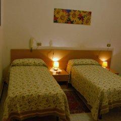 Отель Major Genova Италия, Генуя - 1 отзыв об отеле, цены и фото номеров - забронировать отель Major Genova онлайн комната для гостей фото 3