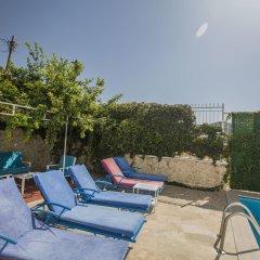 Villa Baysal 5 by Akdenizvillam Турция, Патара - отзывы, цены и фото номеров - забронировать отель Villa Baysal 5 by Akdenizvillam онлайн бассейн