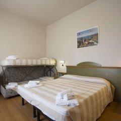 Отель Impero Римини комната для гостей фото 3