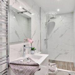 Отель Amazing Location - Eiffel Tower - Trocadéro ванная