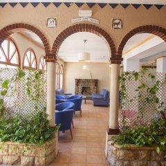 Hotel Comarruga Platja интерьер отеля