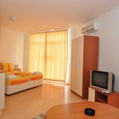 Апартаменты Apartment 98 Rainbow 2 Солнечный берег комната для гостей фото 3