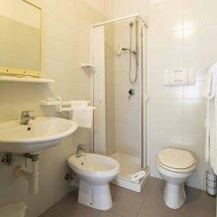 Hotel Solarium Чивитанова-Марке ванная фото 2
