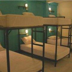 Отель Patong Backpacker Hostel Таиланд, Карон-Бич - отзывы, цены и фото номеров - забронировать отель Patong Backpacker Hostel онлайн комната для гостей фото 2