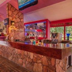 Отель Royal Decameron Complex гостиничный бар