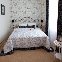 Мини-Отель Villa de Ville комната для гостей