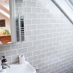 Отель Beautiful Seven Dials Family House Великобритания, Брайтон - отзывы, цены и фото номеров - забронировать отель Beautiful Seven Dials Family House онлайн ванная