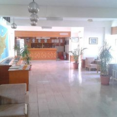 Отель Kokkinos Hotel Apartments Кипр, Протарас - отзывы, цены и фото номеров - забронировать отель Kokkinos Hotel Apartments онлайн интерьер отеля фото 2