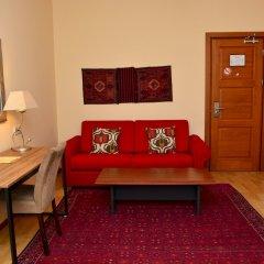 Отель Betsy's комната для гостей фото 8