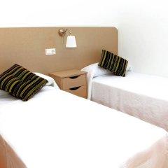 Отель Apartamentos Vegasol Playa A.T. Испания, Фуэнхирола - отзывы, цены и фото номеров - забронировать отель Apartamentos Vegasol Playa A.T. онлайн комната для гостей