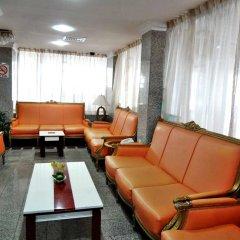 Deebaj Al Khabisi Plaza Hotel интерьер отеля