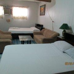 Отель Fenson Филиппины, Пампанга - отзывы, цены и фото номеров - забронировать отель Fenson онлайн комната для гостей фото 4