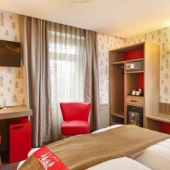 Отель Swiss Night by Fassbind сейф в номере