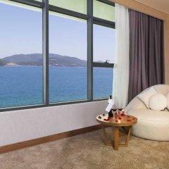 Апартаменты Sunrise Ocean View Apartment Нячанг спа