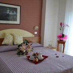 Hotel Jasmine Римини в номере фото 2