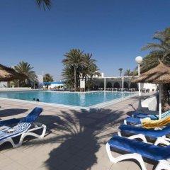Отель Club Calimera Yati Beach Тунис, Мидун - отзывы, цены и фото номеров - забронировать отель Club Calimera Yati Beach онлайн бассейн фото 3