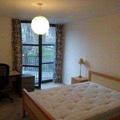 Апартаменты London City Luxury Apartments комната для гостей