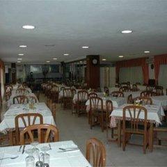 Отель Hostal Gabino Испания, Арнуэро - отзывы, цены и фото номеров - забронировать отель Hostal Gabino онлайн питание