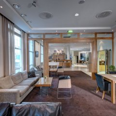 Отель Quality Hotel Ålesund Норвегия, Олесунн - 1 отзыв об отеле, цены и фото номеров - забронировать отель Quality Hotel Ålesund онлайн интерьер отеля фото 2