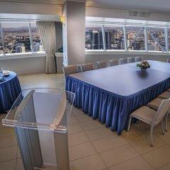 Отель Stratosphere Hotel, Casino & Tower США, Лас-Вегас - 8 отзывов об отеле, цены и фото номеров - забронировать отель Stratosphere Hotel, Casino & Tower онлайн балкон