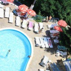 Bonita Hotel бассейн