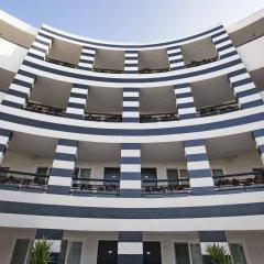 Отель Carlyle Inn бассейн фото 3