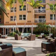 Отель Courtyard by Marriott Aventura Mall бассейн фото 3