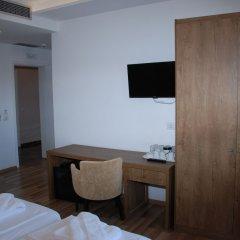 Отель Bianco Hotel Албания, Ксамил - отзывы, цены и фото номеров - забронировать отель Bianco Hotel онлайн удобства в номере фото 2