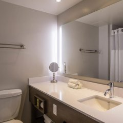 Отель Hôtel & Suites Normandin Канада, Квебек - отзывы, цены и фото номеров - забронировать отель Hôtel & Suites Normandin онлайн ванная
