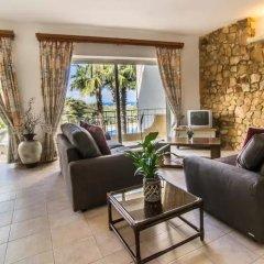 Отель Gozo Houses Of Character Виктория комната для гостей фото 3