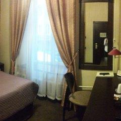Мини-Отель Big Marine сейф в номере
