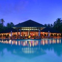 Отель Adaaran Select Meedhupparu Медупару бассейн