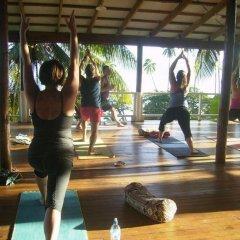 Отель Daku Resort Савусаву фитнесс-зал фото 4