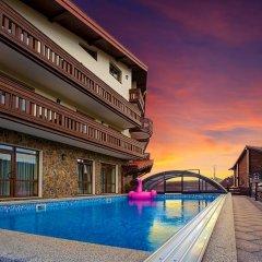 Гостиница Graal resort бассейн