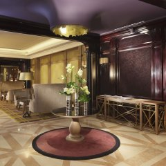 Hotel Rochester Champs Elysees развлечения