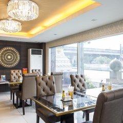 Отель Green Bells Residence New Petchburi Бангкок питание фото 2