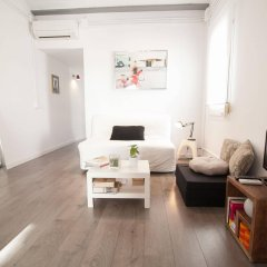 Апартаменты Apartments Gaudi Barcelona комната для гостей фото 3