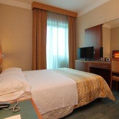 Hotel Amico сейф в номере