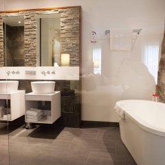 Отель Les Comtes De Mean Бельгия, Льеж - отзывы, цены и фото номеров - забронировать отель Les Comtes De Mean онлайн ванная фото 2