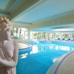Отель Grand Hotel Trieste & Victoria Италия, Абано-Терме - 2 отзыва об отеле, цены и фото номеров - забронировать отель Grand Hotel Trieste & Victoria онлайн бассейн фото 2